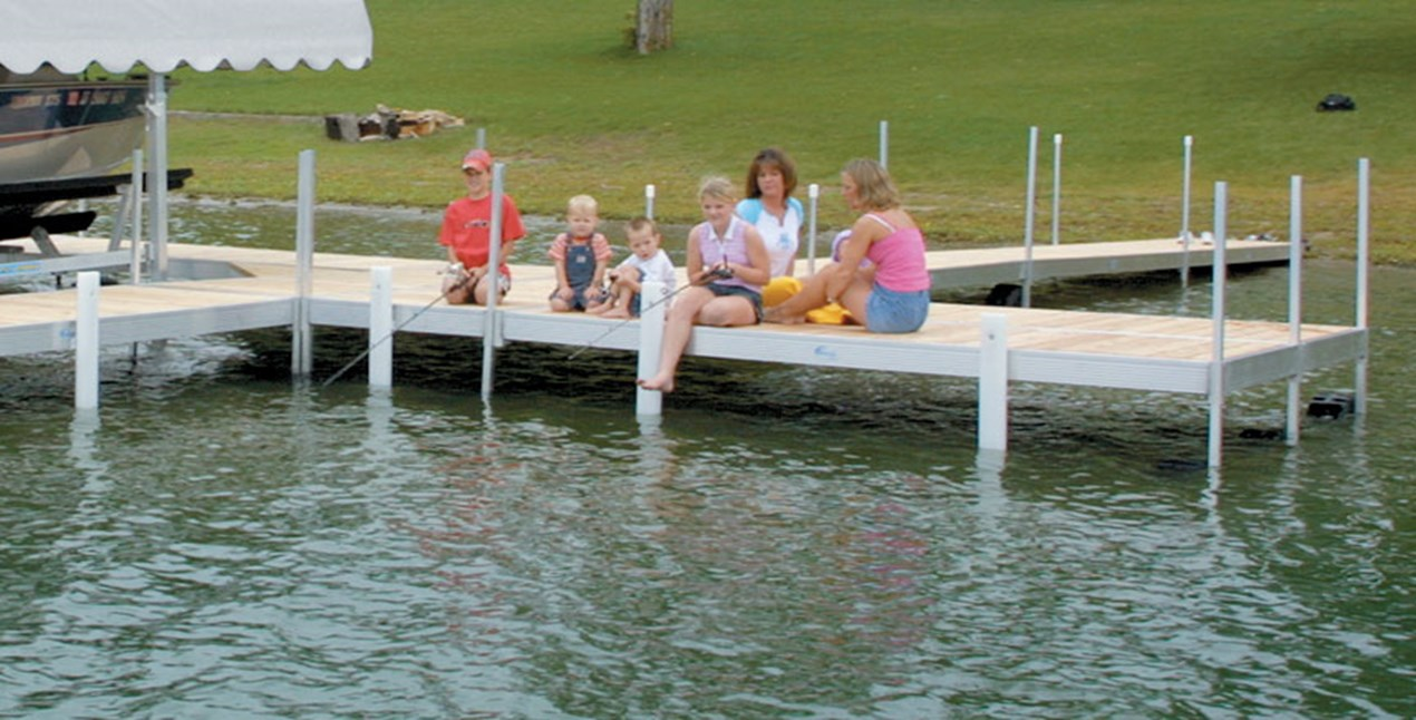 Classic Dock with Family